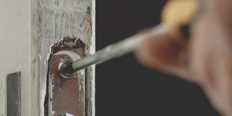 Never Be Locked Out of Your Office Again With Our Commercial Lockouts Services