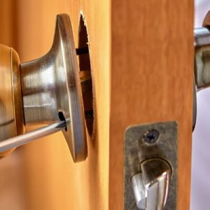Your Guide To Reliable Commercial Locksmith Services