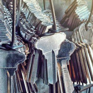 Cut Car Keys – Astonishing Locksmith Service!