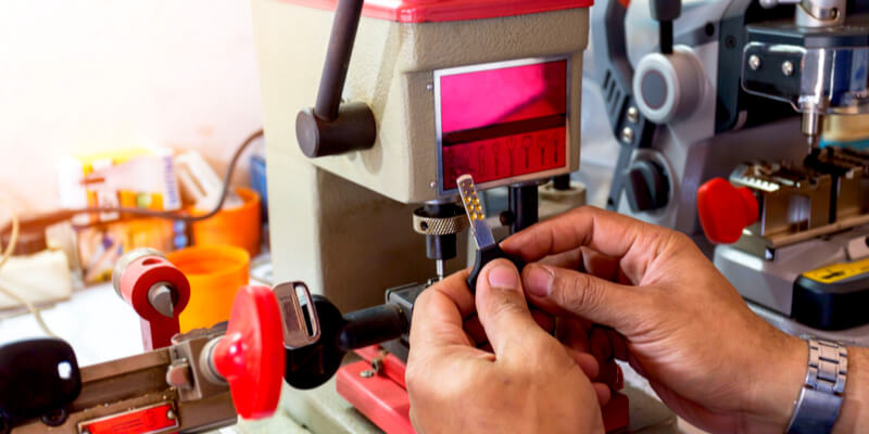 You are currently viewing Automotive Key Cutting Expert Team